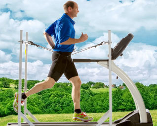man_running_on_treadmill_4-post