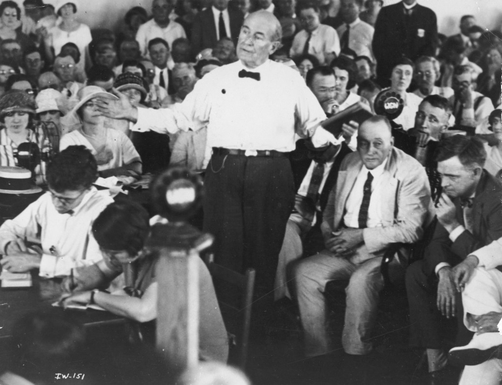 1925 Scopes Trial: American lawyer and politician William Jennings Bryan (1860 - 1925) argues for the prosecution during the Scopes 'Monkey Trial,' Dayton, Tennessee, 1925. (Photo by Hulton Archive/Getty Images)