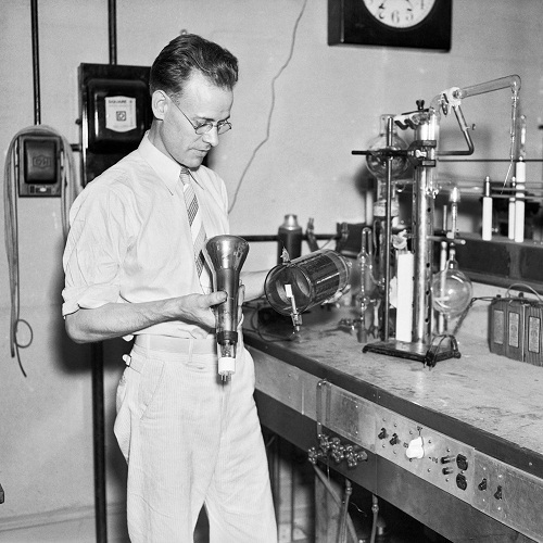 philo-farnsworth in lab