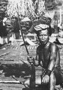 borneo-headhunter-with-skulls-4-post